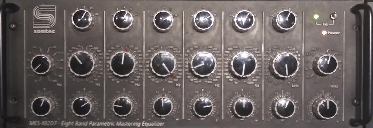 Sontec MES482 D7 - Eight Band Parametric Mastering EQ